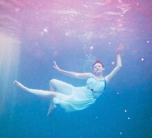 Floating Gracefully by Spiiral