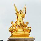 golden statue in opéra garnier paris France  by hpostant