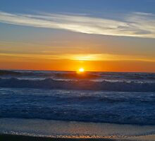 A sunset on the beach at Cambria, Ca. by philw