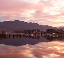 Sunset over Lindisfarne Bay, Hobart by Jen Rayner