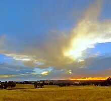 Cootamundra Sunset - experimental sweep panorama. by George Petrovsky
