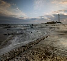 St. Mary's Lighthouse by cieniu1