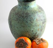 Persimmon with vase by Henrik Lehnerer