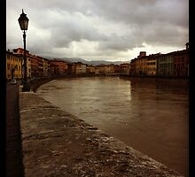 Walkin' in Pisa  by peestols