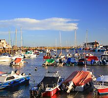 Bridlington harbour by geoffford