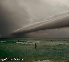 Storm front hitting WA ahead of cyclone Bianca  by Angie66
