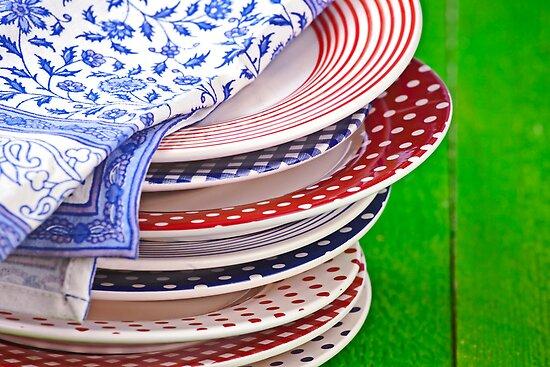 colorful plates by Joana Kruse