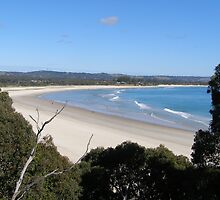 Beautiful Beach at Byron Bay, N.S.W. Australia. by Rita Blom