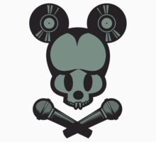 Mickey Skull by ullilange