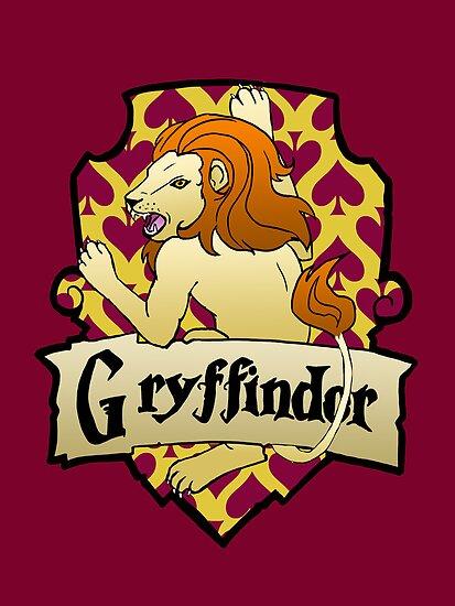 Gryffindor Crest by AriesNamarie