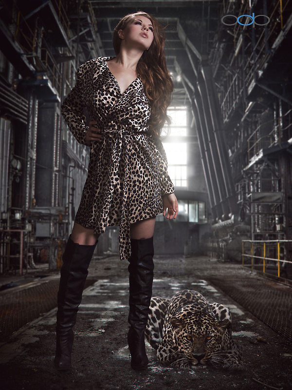 Jessi and the Jaguar by Swede