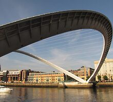 Newcastle Quayside by rubyrainbow