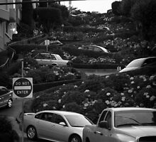 Lombard Street | San Francisco by RedDash