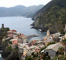 Italia by Andrea  Muzzini