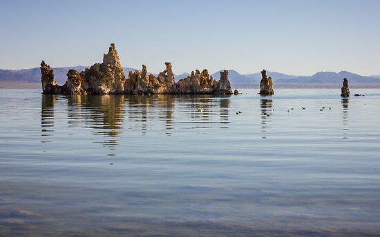 Mono Lake, Yosemite by Philip Kearney