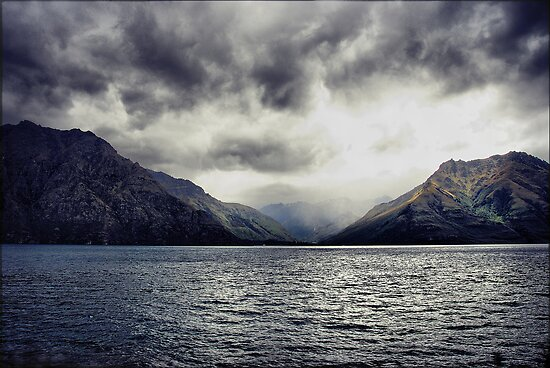 Halfway Bay, Lake Wakatipu NZ by andreisky