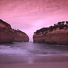 Loch Ard Gorge Australia by JohnnyBullen
