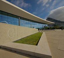 The new terminal, Gibraltar. by fotopro