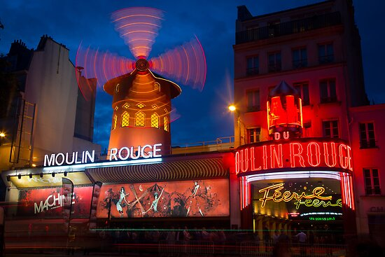 Moulin Rouge by Inge Johnsson