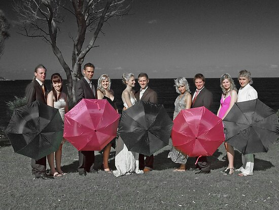selective colouring - wedding by Elisabeth Dubois