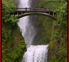 Multnomah Falls Columbia River Gorge Oregon by Gary Grayson