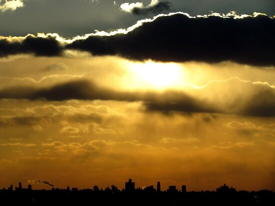 Sunset silhouette, NYC by Alberto  DeJesus