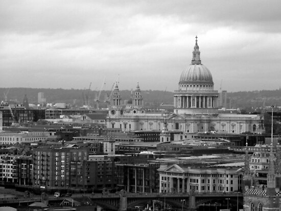 St Paul's Cathedral by Karen Martin