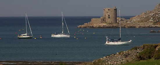 Cromwell's Castle on Tresco by DavidCH