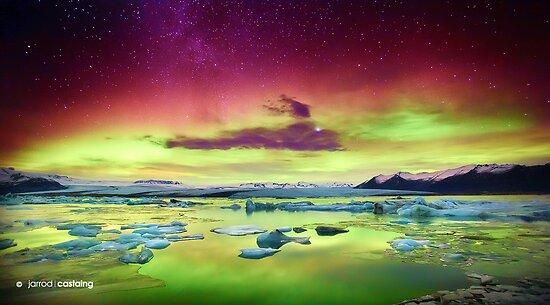 Aurora Borealis over Glacier Lagoon - Limited Edition Fine Art Photograph by Jarrod Castaing