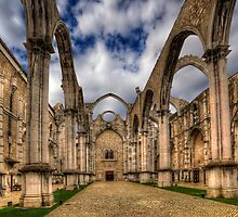 Igreja do Carmo Church by manateevoyager
