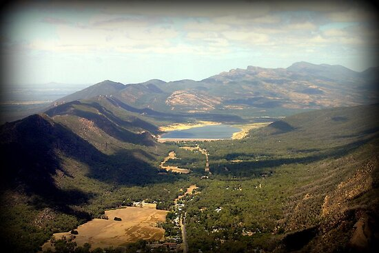 Borooka Look Out - Grampians by Chris Chalk