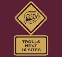 Trolls - sites T-Shirt
