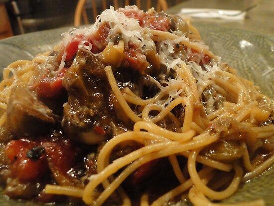 Eggplant Pasta! by timoteo