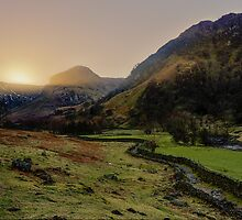 Eagle Crag - Borrowdale by David Lewins