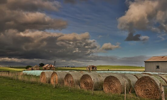 Rural Farm by djzontheball