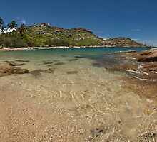'Murray's Bay' Bowen  by Kerrod Sulter
