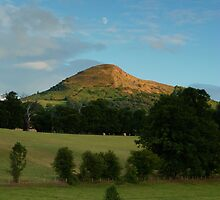 The skirrid mountain black mountains brecon beacons by blakmountphoto