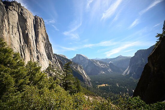 Yosemite Valley by kbrimson