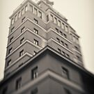 Helsinki - Torni by Michal Tokarczuk