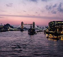 London at dawn -2  by Barry Robinson