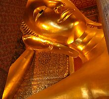 Statue of Reclining Buddha at Wat Pho, Bangkok  by NatureBeauty