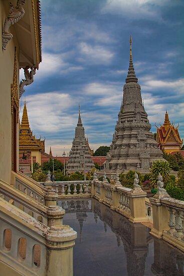 Cambodia. Phnom Pehn. Royal Palace. Stupas. by vadim19
