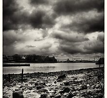 Thames Foreshore - greenwich on a moody wet day by RunnyCustard