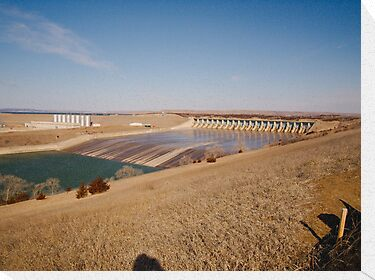 Fort Randall Dam by Scott Hendricks
