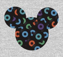 mickey vinyl face by McDraw