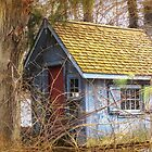 Gingerbread tool shed by Owed to Nature