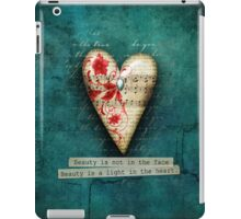 Beauty is not in the face iPad Case/Skin