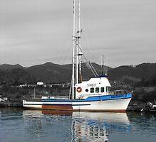 Boat reflection by Hannah Fenton-Williams