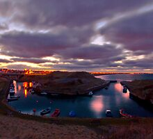 Seaton Sluice by Brian Avery