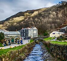 Boscastle Cornwall by Chris Thaxter